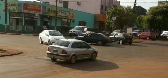 Roncador: Acidente de trânsito na Avenida São Pedro