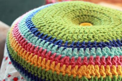 "IMG 7778 picnik Easy Striped (16"") Round Pillow Crochet Pattern"