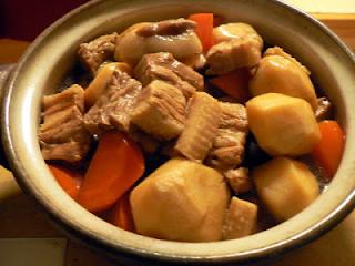 里芋と豚バラブロックの煮物
