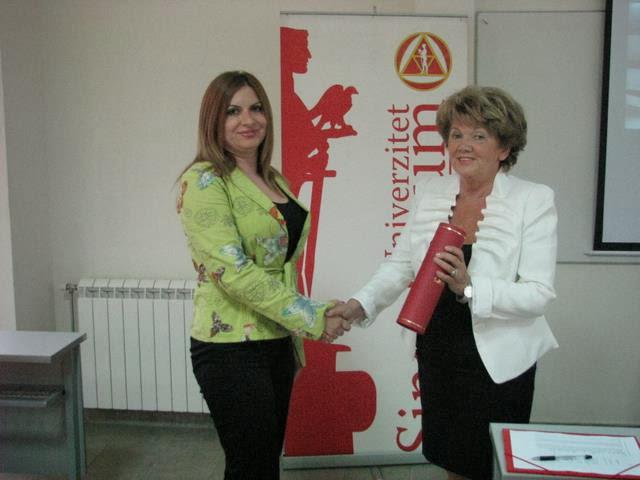 Svecana dodela diploma 2011 - IMG_9658.JPG