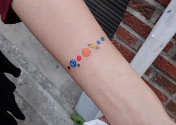este_colorido_planetria_pulseira