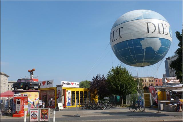 Panorámica en globo cerca del Checkpoit Charlie (Zimmerstrasse)
