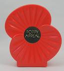 Plastic, klaproos is de symbool van de Engelse leger sinds 1918 voor de omgekomen soldaten.