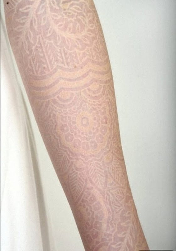 incrvel_manga_comprida_branca_tinta_de_tatuagem