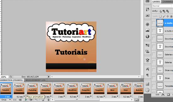 Após criar os textos e ajustar as visibilidade de acordo com os frames, teste clicando em Play Animation