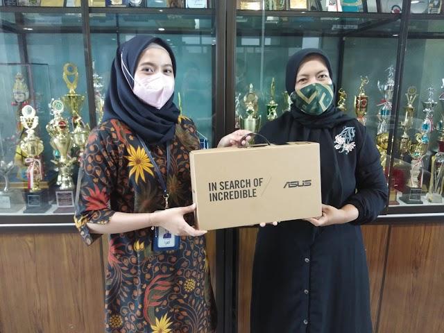 TK Al Quran dan TK Islam Al Fatihah Dapat Bantuan Laptop dari Bank Kalsel