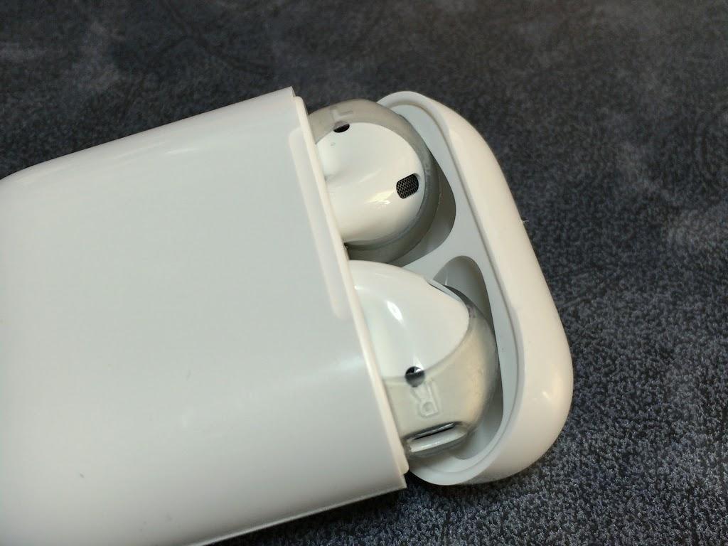 AirPods シリコンカバー