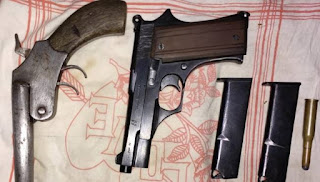 Bihar Crime:हथियार की खरीद फरोख्त करते तीन बदमाश पकड़ाए