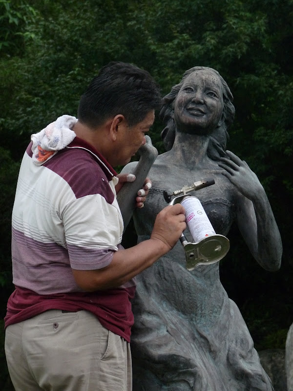Teresa Teng repose au cimetière Chin Pao Shan près de la ville de Jinshan