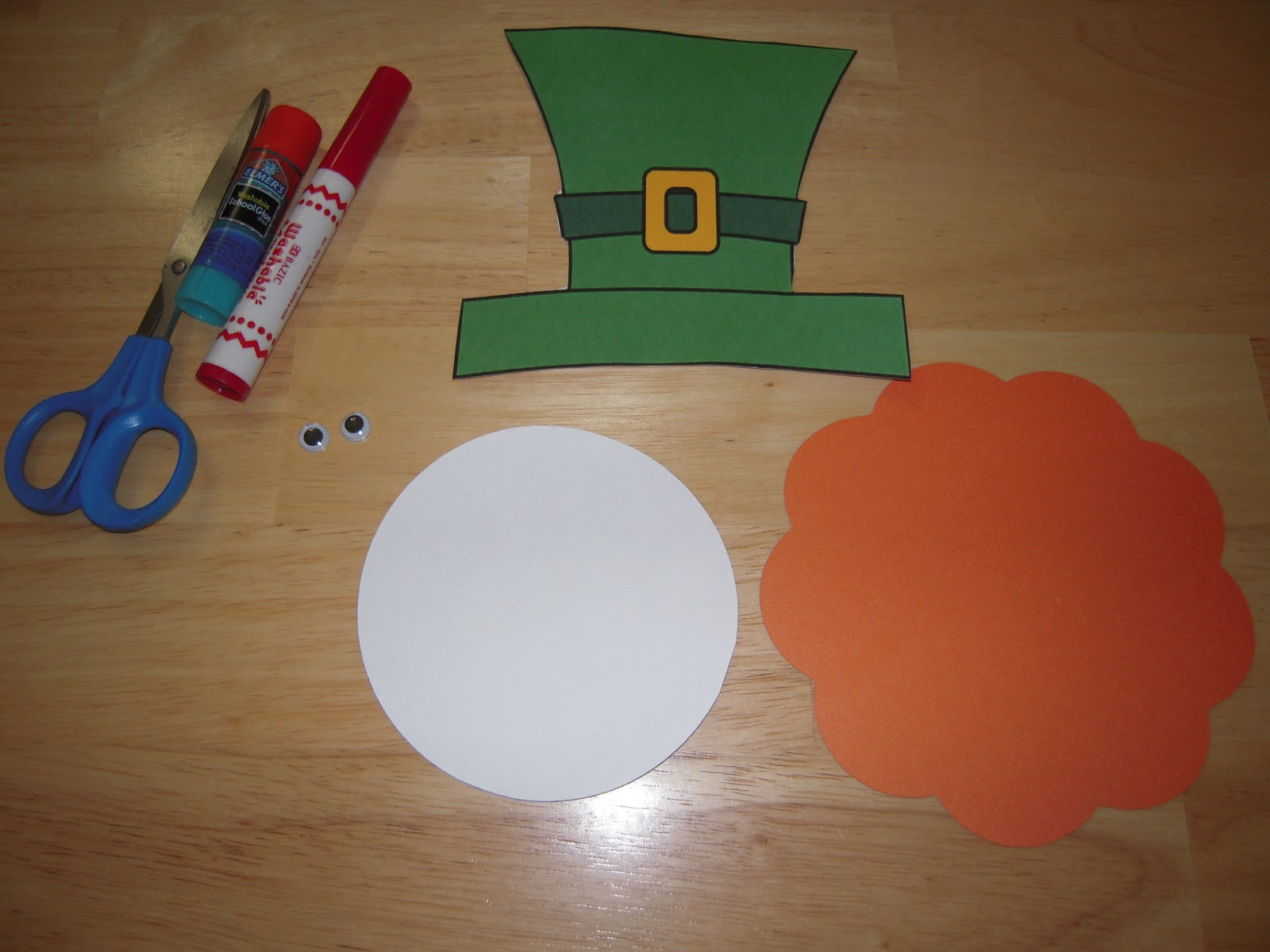 leprechaun mask template - la la 39 s home daycare st patrick 39 s day leprechaun mask