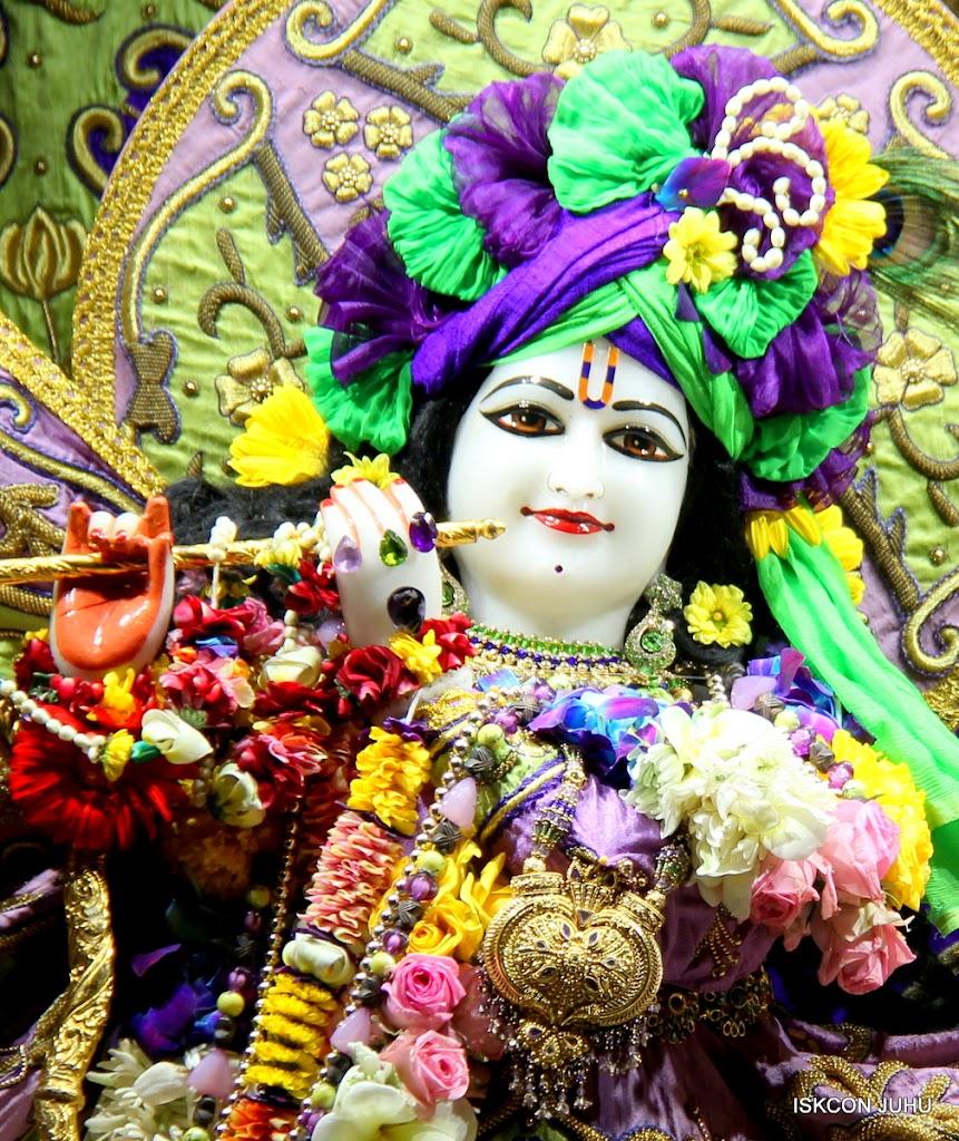 ISKCON Juhu Sringar Deity Darshan 11 Jan 2016  (2)