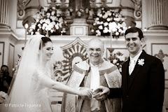 Foto 1126pb. Marcadores: 03/09/2011, Casamento Monica e Rafael, Celebrante, Padre Marcos Antonio Correa Pinto Duarte, Rio de Janeiro