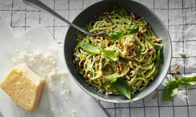 Spaghetti med krämig kesellapesto