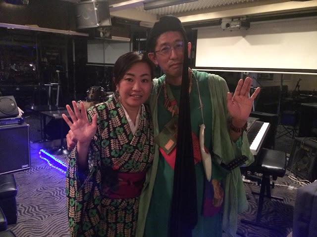 緑の色彩の二人。「阿坐弥 ーアザミー」さん と ひんでん さん。