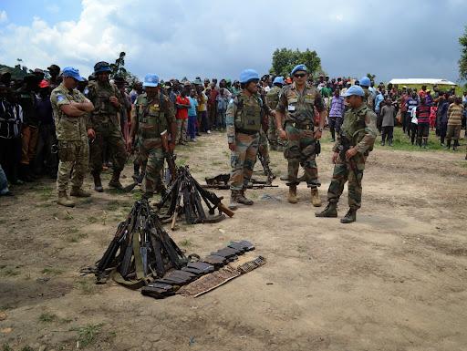 Cérémonie de reddition et désarmement volontaires des ex-combattants FDLR le 28 décembre 2014 à Buleusa au Nord-Kivu.  Photo Force Monusco
