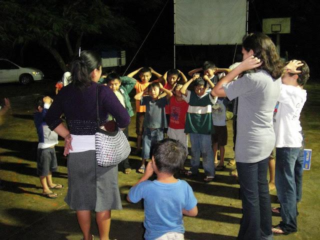 Jesus Film Projection in Cocoyol - photo14.jpg