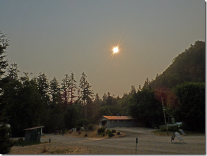 Huntley Park, August 22, 2017, solar eclipse and smoke from Chetco Bar Fire