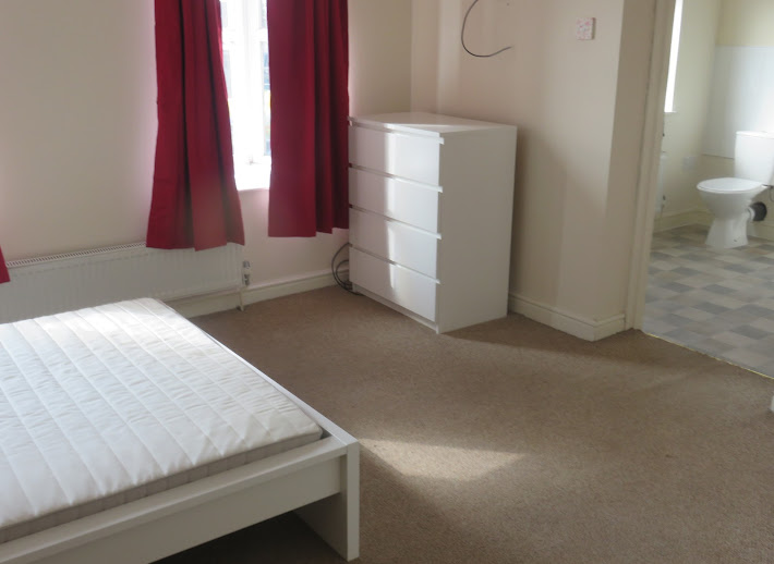 Single En-Suite room to let