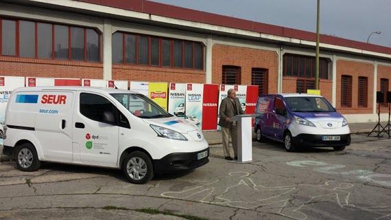 SEUR y Pascual ensayan el reparto de mercancías con furgoneta eléctrica
