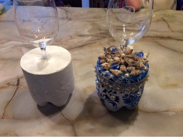 basteln und handarbeiten diy weinglas in beton glass in concrete. Black Bedroom Furniture Sets. Home Design Ideas