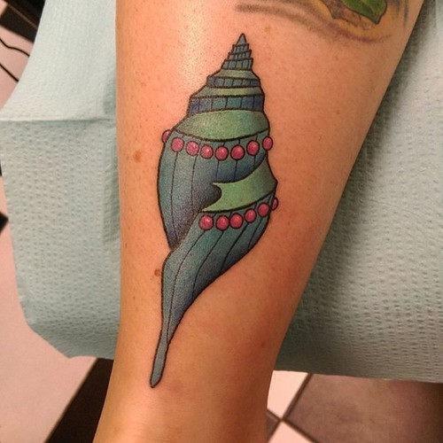 este_elegante_shell_de_tatuagem