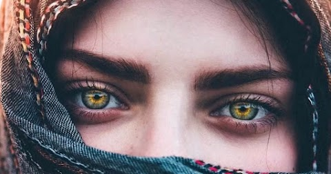 Apa Yang Terpikirkan Ketika Aku Sendiri? Sepasang Matamu