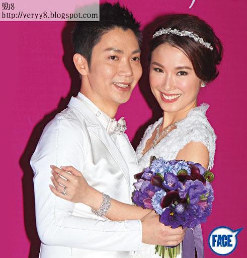 43歲李丞責因主持《香港玄案》時,與細 16年的劉倩婷一撻即著,拍拖兩年多,於上週六( 2日)在 The Ritz-Carlton拉埋天窗。