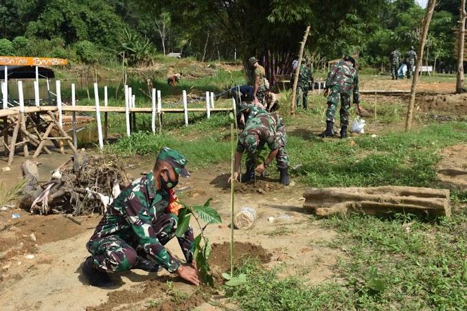 Kodim 1002/Barabai Tanam 200 Pohon Di Lokasi Wisata Alam HST