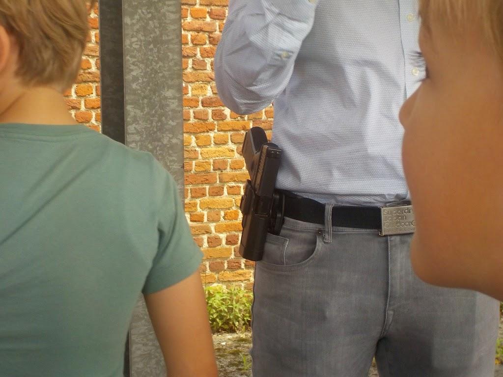 De Knetters op bezoek bij de politie - DSCN0348.JPG