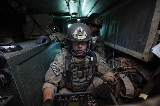 المخاطر العسكرية الأمريكية تفقد حافتها ( كيفية تحويل البنتاغون لعصر تنافسي )