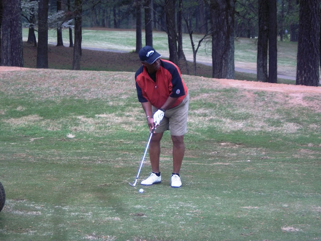 2011 NFBPA-MAC Golf Tournament - Golf%2BV1%2BApril%2B8%252C%2B2011%2B099.JPG