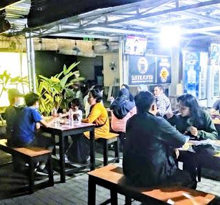 Sate ratu food courts