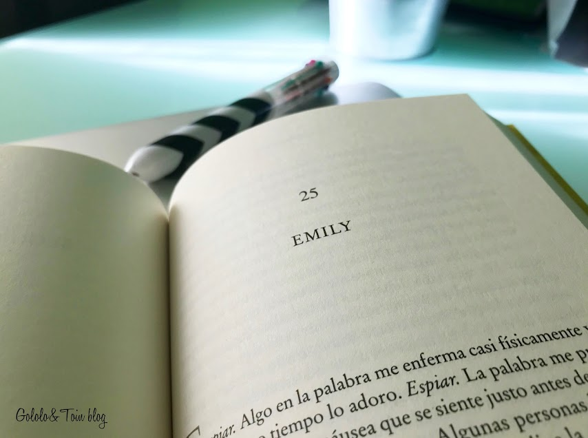 novela thriller doméstico Un pequeño favor