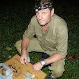 Henrik Bloch devant un Saturniinae : Imbrasia truncata, AURIVILLIUS, 1908 (?). Bobiri Forest (Ghana), 3 décembre 2013. Photo : J.-F. Christensen