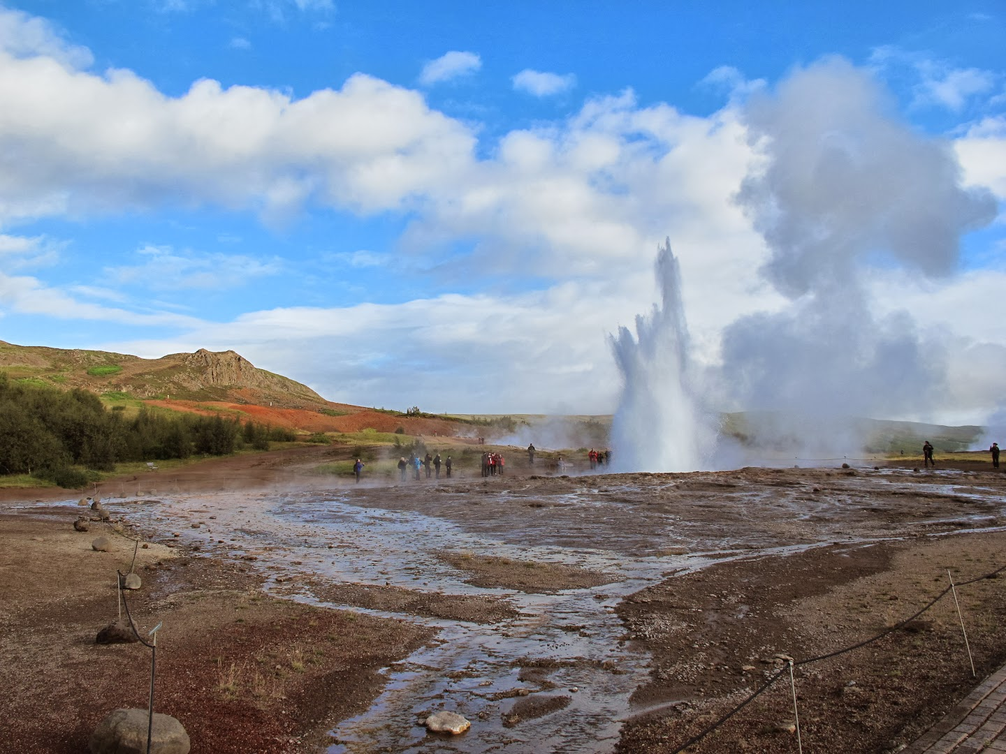 3.9.2013 Day 2, the golden circle. Geysir.