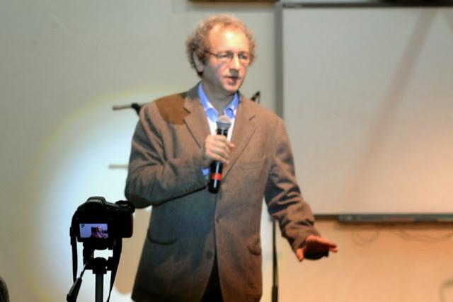Conferinta Despre martiri cu Dan Puric, FTOUB 059