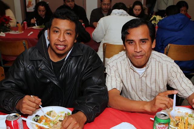 OLOS Navidad 2010 con Amigos Migrantes - IMG_9856.JPG