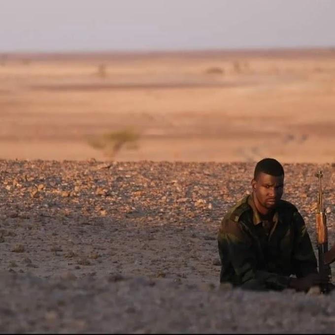 Herederos de las heroicas gestas en la primera guerra, los combatientes saharauis mantienen el cerco sobre las bases marroquíes.
