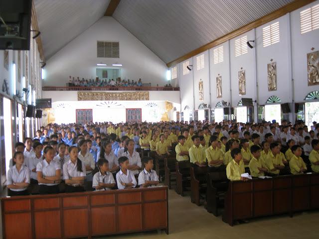Hình ảnh ngày hội ơn gọi tại hai Giáo hạt: Cam Ranh và Cam Lâm