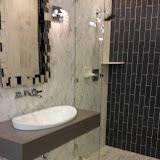 Bathrooms - 20150825_114237.jpg