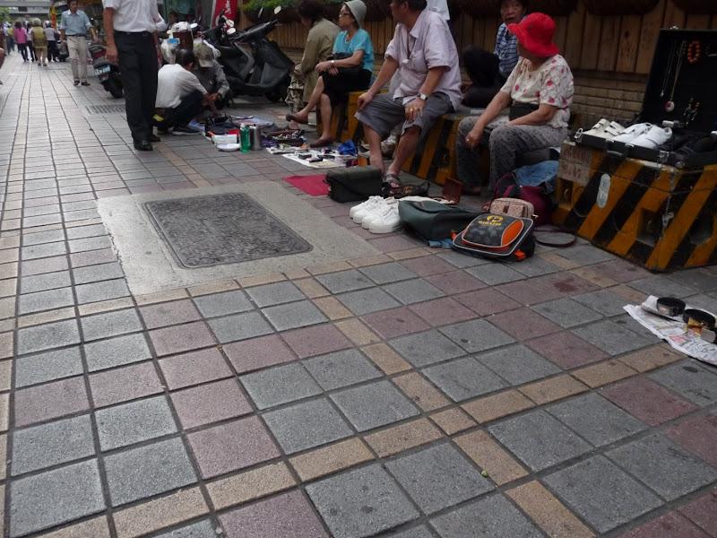 TAIWAN Taipei autour de Longshan Temple - P1120560.JPG