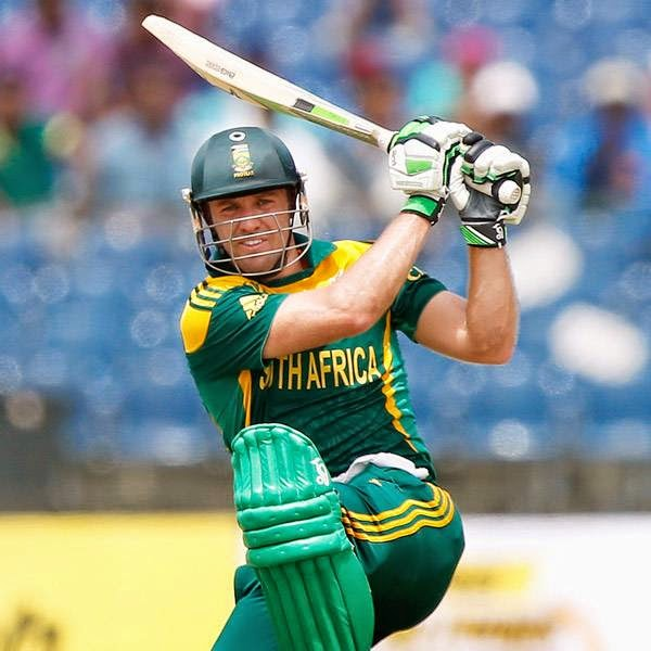 South Africa's captain AB de Villiers plays a shot during their final One Day International cricket match against Sri Lanka in Hambantota July 12, 2014.