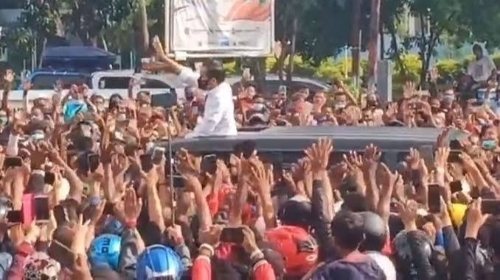 Polri Tepis Tolak Laporan Kerumunan Jokowi, Tegaskan Nihil Pelanggaran.