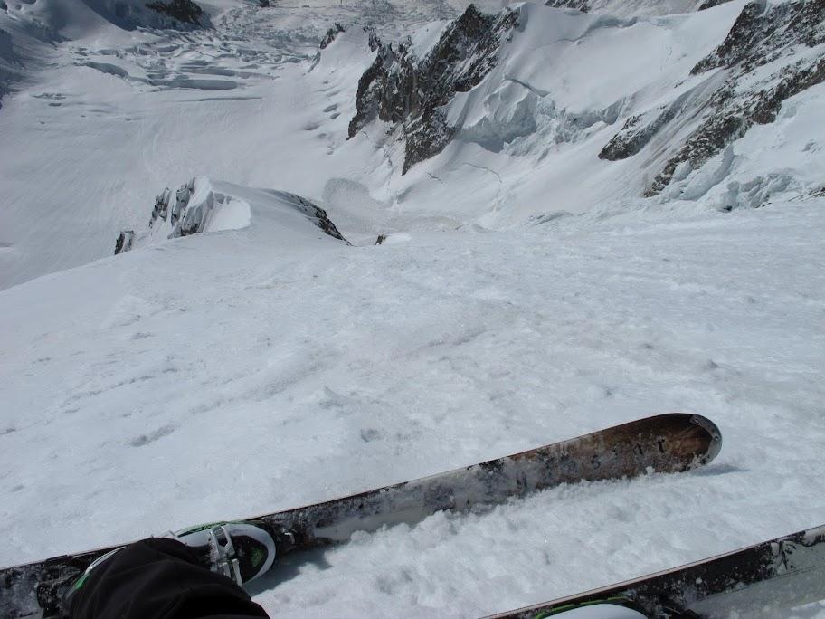 Un tranquillo weekend di paura - parete Sud del Monte Bianco 479421_375213072535408_100001401550381_78565430_972120769_o