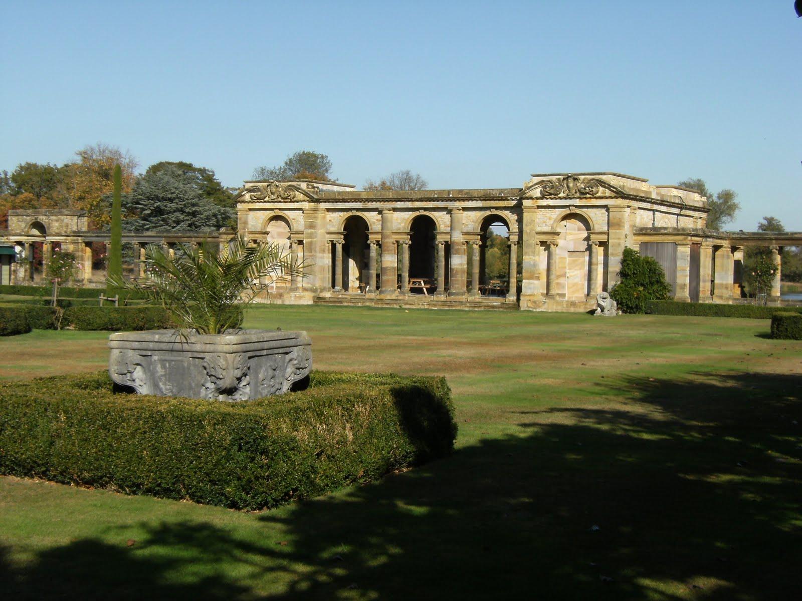 DSCF1988 Italian Garden at Hever Castle