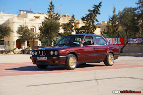 BMW E30 with Gold BBS