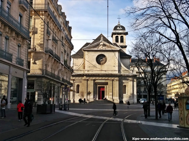 place_victor_hugo_grenoble.jpg