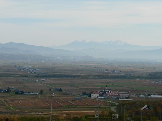 眺望の丘から見える大雪山系