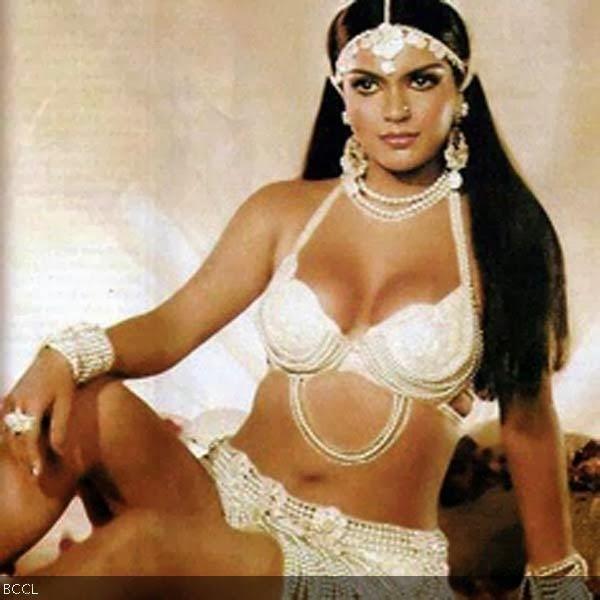 Zeenat Aman Boldest Yesteryear Actress