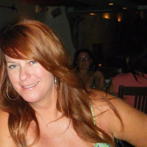Lori Martin Photo 34